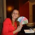 Eu (Bruna) com os bonitos pesos chilenos