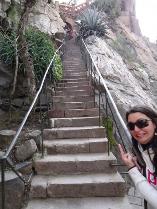 Escadas intermináveis no Cerro Santa Lucia