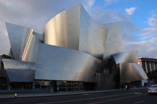 As formas mirabolantes de Frank Gehry no Disney Concert Hall