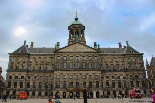 O Palácio Real de Amsterdam na Dam Square