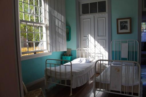 Um dos quartos da Casa Lacerda.