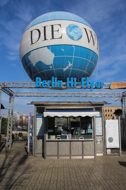 Balão que sobe até 150m em Berlim