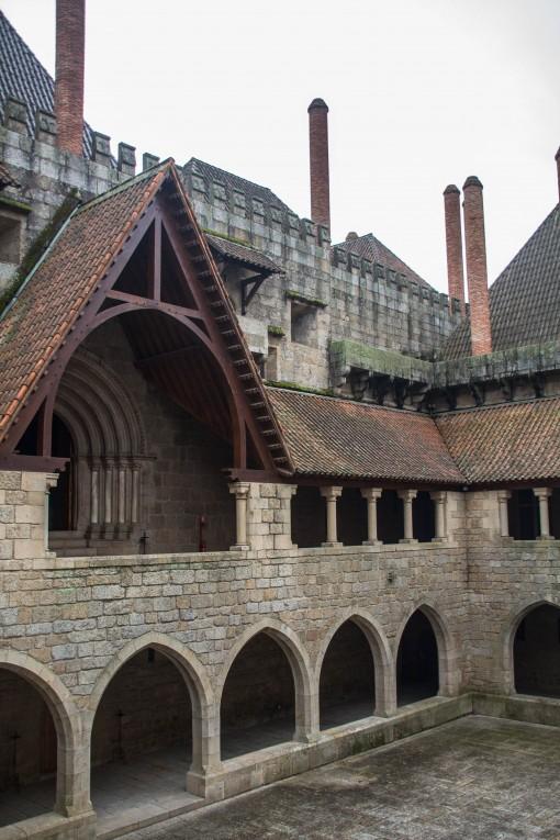 Claustro do Paço dos Duques, Guimarães