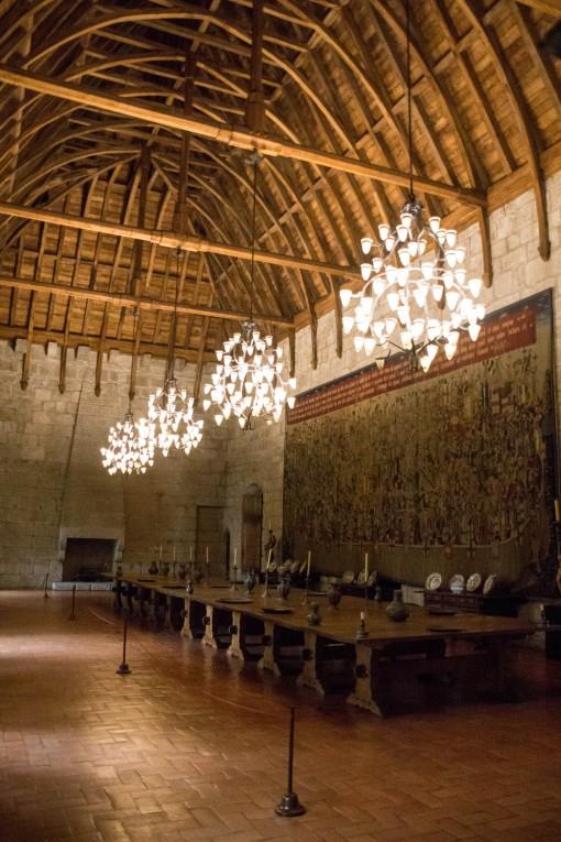 Já pensou nos banquetes que eram servidos nessa sala? Destaque para o teto de madeira.