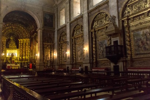 Igreja Santa Clara a Nova
