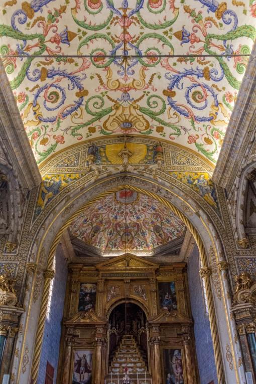 Lindo teto decorado na Igreja de S. Miguel