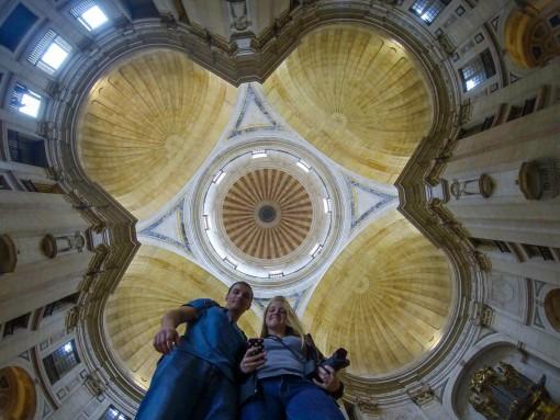 Panteão Nacional visto de baixo. Uma gopro as vezes dá um toque especial