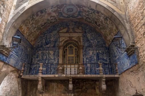 Portão de acesso a Óbidos construído em 1380