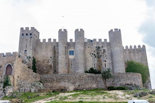 O castelo de Óbidos hoje é uma pousada e só podemos admirar sua bela construção em pedra