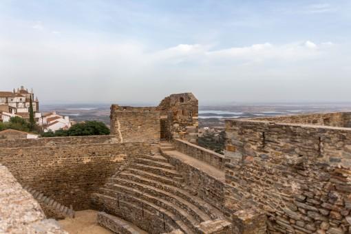 Arena de Monsaraz toda em pedra