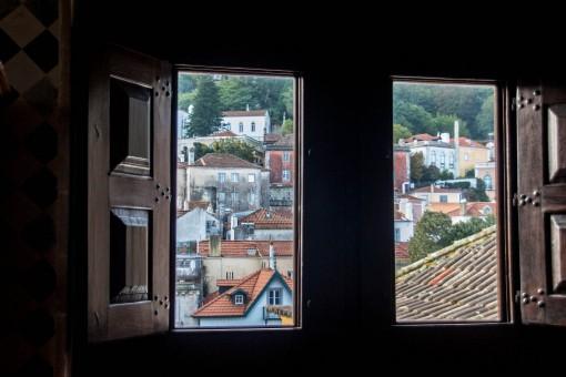 As casinhas de Sintra vistas de dentro do Palácio Nacional