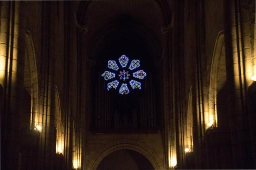 Os resistentes vitrais da Sé tem séculos de história.