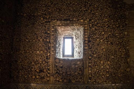 Janela na Capela dos Ossos Évora