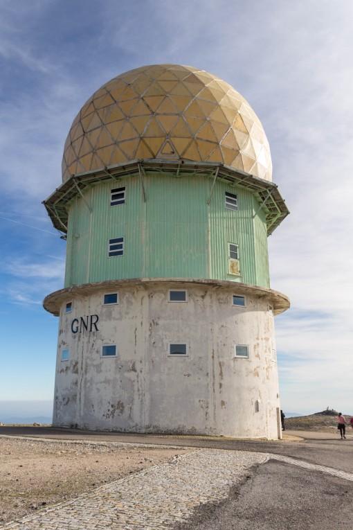 Torre abandonada em Torre. Quem veio antes, o nome do lugar ou esse trambolho?