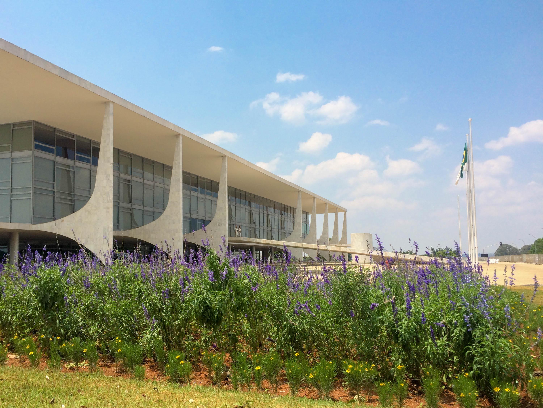 Visita ao Palácio do Planalto - jardim