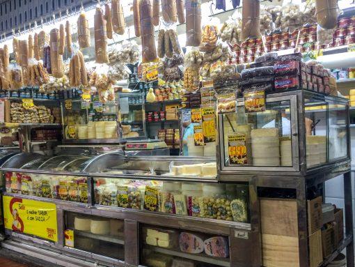 Loja de Queijos no Mercado Central de Belo Horizonte.