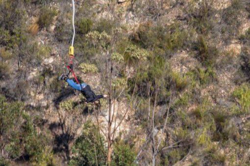 bungee jump africa do sul - só no balanço do bungee