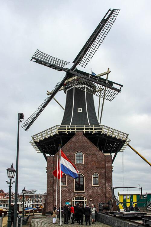 Haarleem Holanda - Molen de Adriaan
