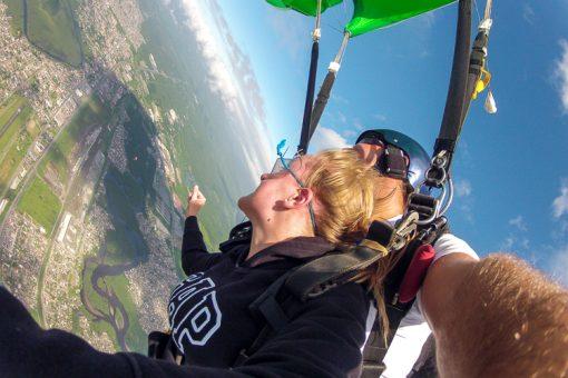 salto de paraquedas curitiba - curtindo a paisagem