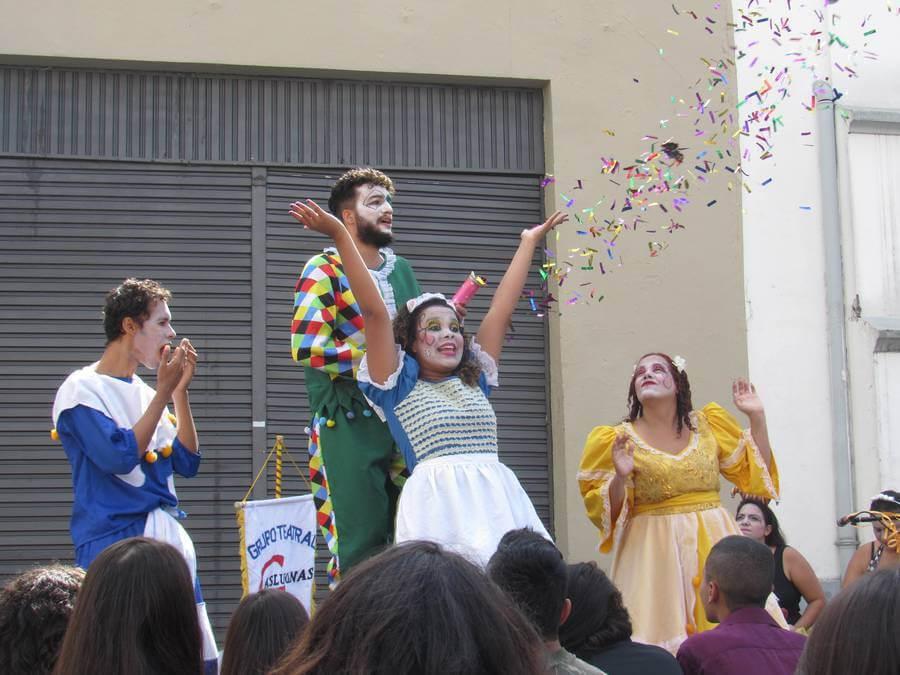 Festival de Teatro de Curitiba - diversas mostras em um dos maiores festivais de teatro do Brasil