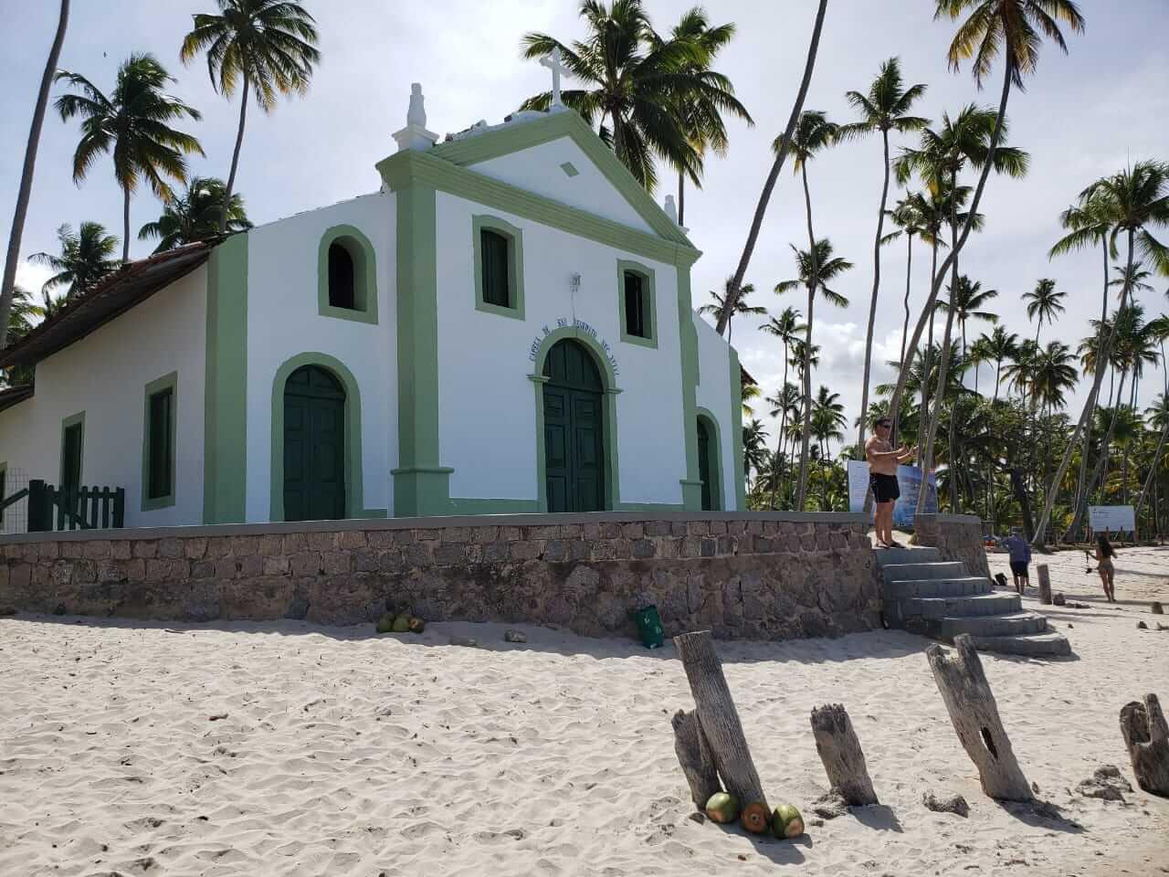 Praia dos Carneiros Fotos - Lateral da Capela de São Benedito
