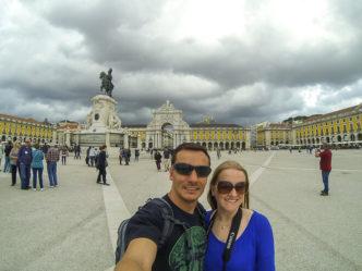 Chuva chegando na Praça do Comércio de Lisboa