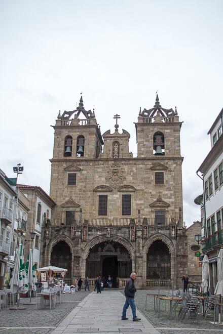 Entrada da Sé de Braga Portugal