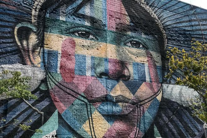 Mural Etnias Eduardo Kobra